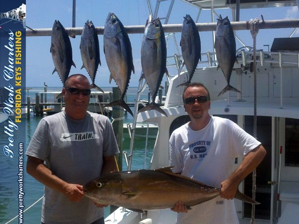 11-04-30-web-amberjack-blackfin-tuna-pw-bud-group-3.jpg